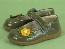 312 See Kai Run girl mary jane patent leather flower shoes Euc 6