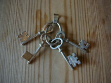Hallmarked Solid Silver Bunch Of Keys Pendant (COINS  08)RL