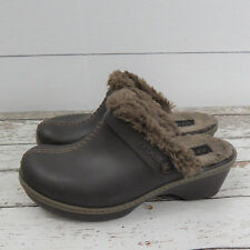 Crocs 11552 Womens Cobbler Eva Faux Fur Lined Brown Clogs Mules W8 Shoes