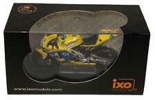 IXO Honda RC211V 'Camel' MotoGP 2003 - M Biaggi 1/24 Scale