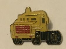 Prime Mover Truck lapel tie pin hat cap badge. Semi Trailer Mack Kenworth (L)