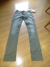 GUESS SKINNY JEANS SIZE 24 KHAKI COLOR DISTRESSED STARLET STRAIGHT LEG NWT