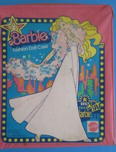 Vintage 1977 Mattel Barbie Fashion Case #1002 Good Handle Fair Condition Used
