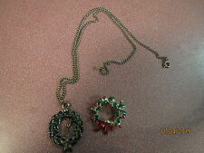 """LOT Christmas WREATH GOLDTONE PIN AND Pendant Necklace 18"""" Chain ALL OF PEWTER."""