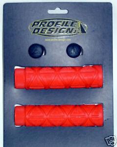 PROFILE DESIGN LOGO Griffe Gummi rot
