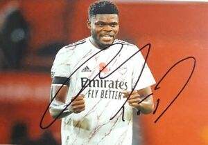 "Thomas Partey - Personally Hand Signed 6""x4"" Arsenal Away Shirt Photograph"