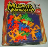 MUTANTS AND MONSTERS 20 FIGURE DUNGEONS & DRAGONS ARCO 1987 CARDED! HOLY GRAIL