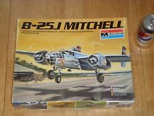 WW#2,USA, B-25J MITCHELL, BOMBER PLANE, PLASTIC MODEL KIT, Scale 1/48, Vintage