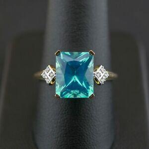 (NE6) 9CT Yellow Gold Topaz & Diamond Ring SIZE R 1/2 3.5 grams