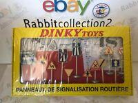 """DIE CAST """" PANNEAUX DE SIGNALISATION ROUTIERE """" DINKY TOYS (ATLAS) 1/43"""