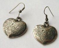 boucles d'oreilles percées bijou vintage coeur gravé couleur argent *4552