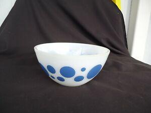 vintage retro pyrex blue polka dot mixing bowl 20.5cm