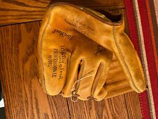 Vintage Whitey Ford Proffessional Model Spalding Baseball Glove