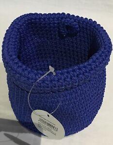 Small storage woven basket - blue
