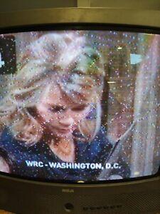 "RCA f19205GY 19"" CRT TV Television Color Tv Nice Retro Gaming Tv No Remote"