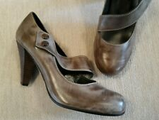 LADIES SPANISH LEATHER HIGH HEEL COURT SHOES,  BROWN. SIZE UK4/EU 37. NEW!