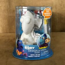 Design a Dory vinyl figure Disney Finding Nemo craft kit color markers sticker