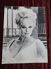 ELKE SOMMER - FILM STAR - 1 PAGE  PICTURE- CLIPPING/CUTTING