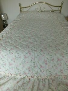 Edwardian Lady Quilted Bedspread