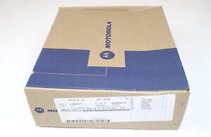 Motorola CP185 UHF 435-480 Mhz 16 Channels 4W No Keypad Radio NEW