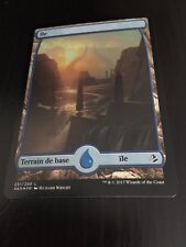 MTG MAGIC AMONKHET FULL ART ISLAND (FRENCH ILE) NM FOIL