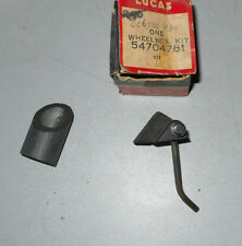 NOS Lucas Wiper Wheel Box Kit 54704781 to RH wheel box 72850. TR4A & TR250 -->