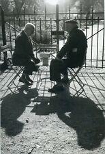 CARTE POSTALE PHOTO ILLUSTRATEUR ROGER GANGLOFF PARIS 1959 JOUEURS D'ECHECS