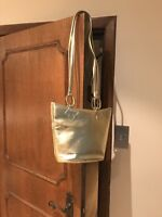 Bally Gold Vintage Leather Shoulder Bag In Very Good Condition Clean
