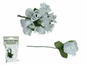 Wedding Table Decorations - Flower Petals - Celebration Just Married