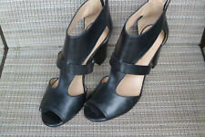 8cfe8ba285d Antonio Melani Heels Black with Zipper on Heel