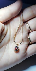 "14K Yellow Gold Garnet & Diamond Pendant Necklace 20""chain/ Collar de Oro"