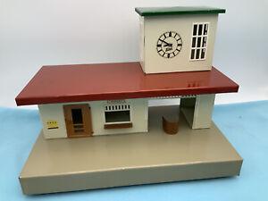 # Kibri Bahnhof Mit Uhr Makellos 40er Jahre (64405) Sammlung  Alt Blech