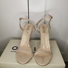 Forever 21 High Heel Womans Shoe