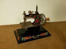Ancien jouet machine à coudre / vintage toy sewing machine - CASIGE Germany 40's