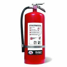 "Badgerâ""¢ Extra 20 lb Bc Fire Extinguisher w/ Wall Hook 23482B"