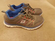 Grey Sketchers shoes (size 7)