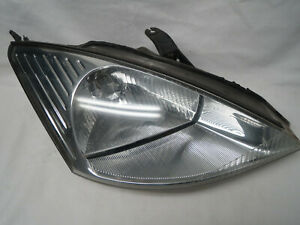 FACTORY OEM 2000-2004 Ford Focus RIGHT HEADLIGHT lens lamp reflector passenger