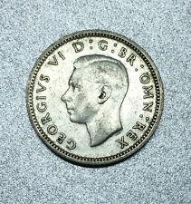ROYAUME-UNI / ENGLAND 6 PENCE GEORGES VI / MONOGRAME GRI 1945 - TTB - en ARGENT.