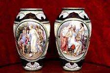 Una COPPIA DI ANTICHI Royal Vienna porcellana dipinti a mano vaso da 1744 a 1749