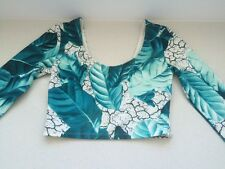 Ladies long sleeve leaf crop top size 6