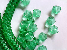 50 EVER GREEN INTERLOCKING SNAKE GLASS BEADS 9mm DESIGNER COUTURE #022813d