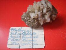Mineralien, alter Bergbau, Calcit mit Pyrit, Grube Einheit Drei Kronen im Harz