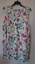 Women's Flowing White Floral Old Navy Dress Size Extra Large/XL