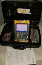 Fluke 199C Digital Oscilloscope 200MHz 2.5GSa/s Calib. jan/2019, Sftwr/ probes