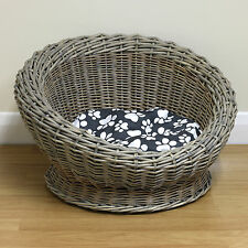 Small Round Woven Natural Wicker Shabby Chic Pet Bed Basket Cat Kitten Puppy