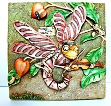 Harmony Kingdom Picturesque Martin'S Minstrels 3D Magnet Tile Dragonfly Maggots