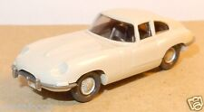 MICRO WIKING HO 1/87 JAGUAR TYPE E GRIS CLAIR no box