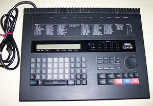 YAMAHA QX-3 DIGITAL SEQUENCER MIDI RECORDER w/ MANUALS TESTED and WORKS !!  USED