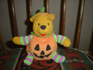 Winnie The Pooh Pumpkin Bear Walt Disney Exclusive