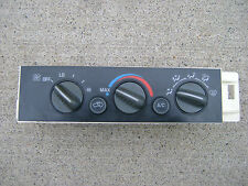 96 - 99 CHEVY C1500 SILVERADO GMC C1500 A/C HEATER CLIMATE CONTROL 09378815